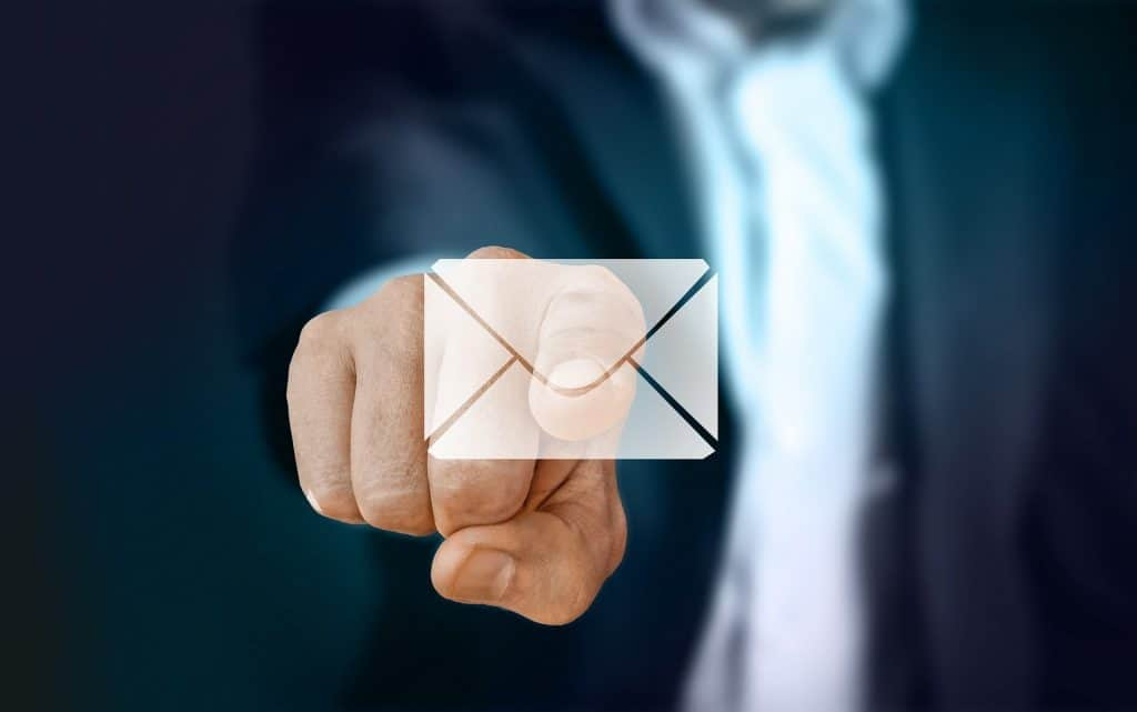 create email in plain text to improve cold email campaign